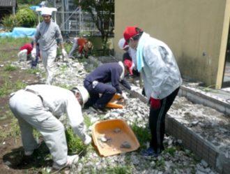 熊本地震ボランティア 瓦礫撤去